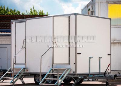 передвижной прицеп туалет на 2 кабинки